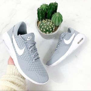 Woman's Nike Air Max Sasha Sneakers
